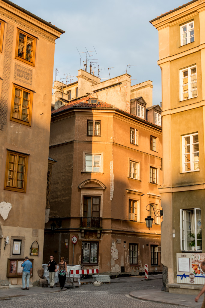 """For me, this captures """"old"""" Warsaw: looks sort of late Midieval, shoddy communist-era construction, cluttered up with crappy old infrastructure, and currently falling apart."""