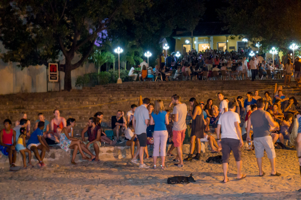 Nightclubs set up on the steps of the Old Quarter for live music, drinking, and dancing.